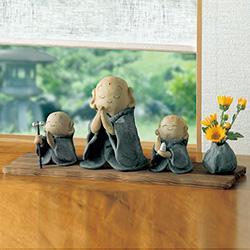 陶製/手びねり三体地蔵(ミニ花瓶付)