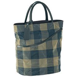 驚くほど軽いチュールのハンドバッグ