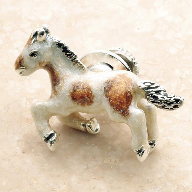 ピンブローチ/馬
