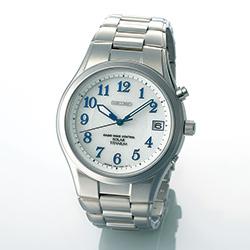 オリジナル・ソーラー電波チタン腕時計